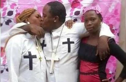 """Blasfemia ! Se cumple 1 Timoteo 4 - 1 pastor crea la iglesia del """"Sexo"""" (VÍDEO)"""