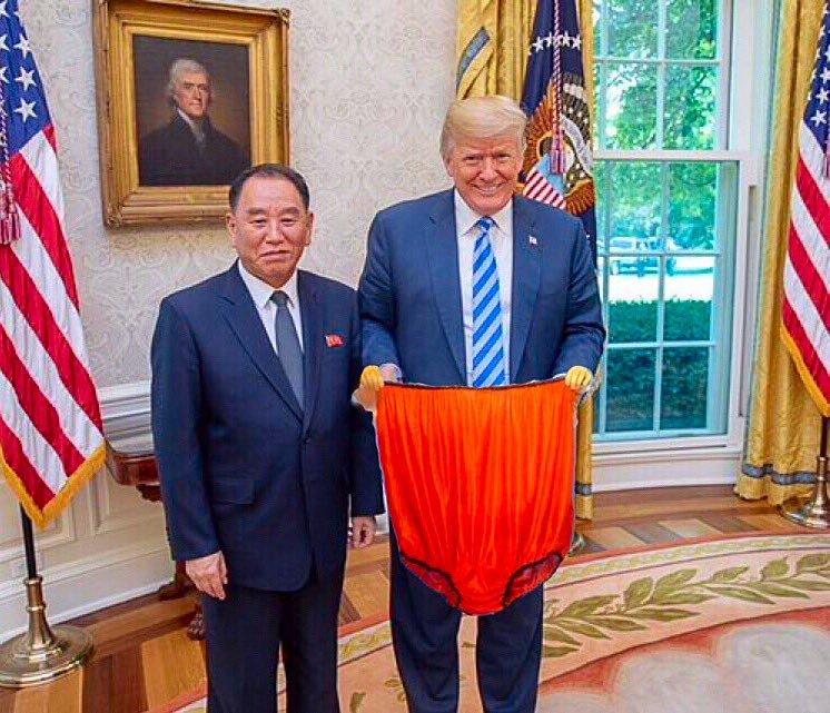 los usuarios hacen memes con la enorme carta que envió Kim a Trump