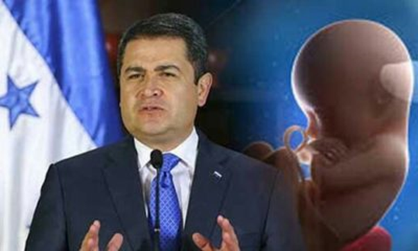 Presidente de Honduras rechaza el aborto y dice que sólo Dios puede quitar la vida