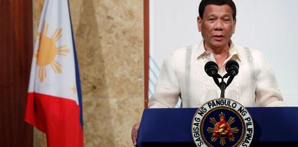 Presidente filipino dice que renuncia si alguien le prueba que Dios existe
