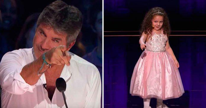 Simon duda que Sophie de 5 años pueda cantar Sinatra