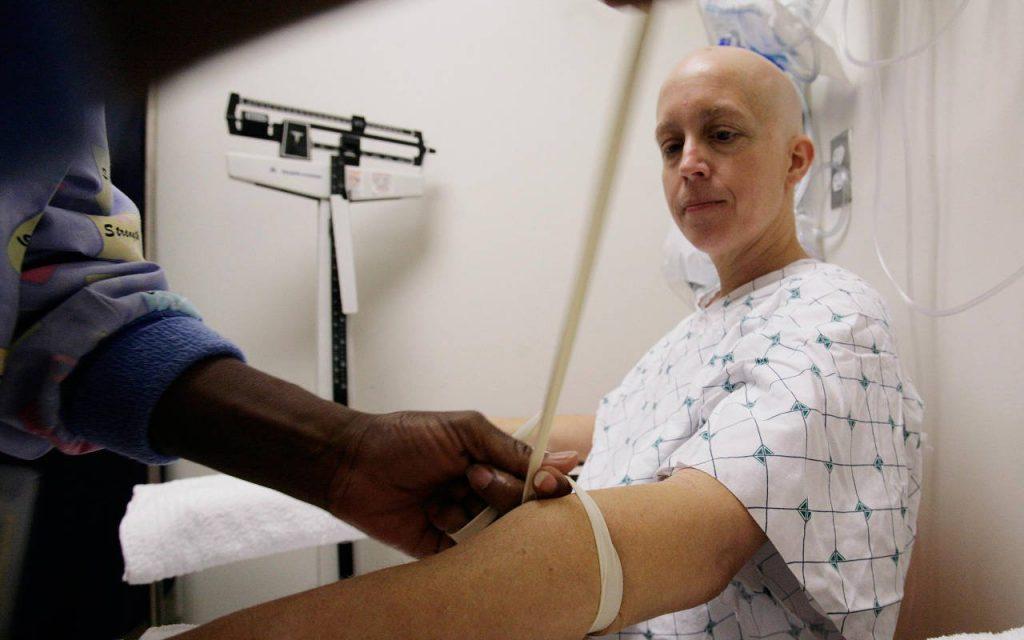 Científicos israelíes prometen tener la cura del cáncer el próximo año