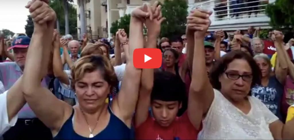 Cristianos venezolanos creen que Dios los librará del régimen de Maduro.