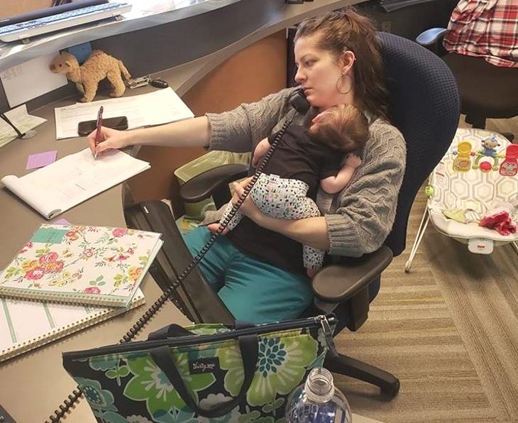 mama trabajando