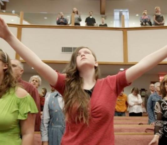 Asistir a la iglesia previene la depresión y mejora la salud mental