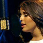 Esta joven con solo 16 años canta aleluya como un angel