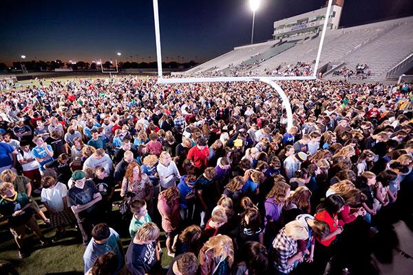 250 000 estudiantes se reúnen en una jornada evangelística en campos universitarios en Estados Unidos
