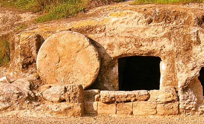 arqueologo abren la tumba de Jesús por primera vez en 500 años y el hallazgo es asombroso