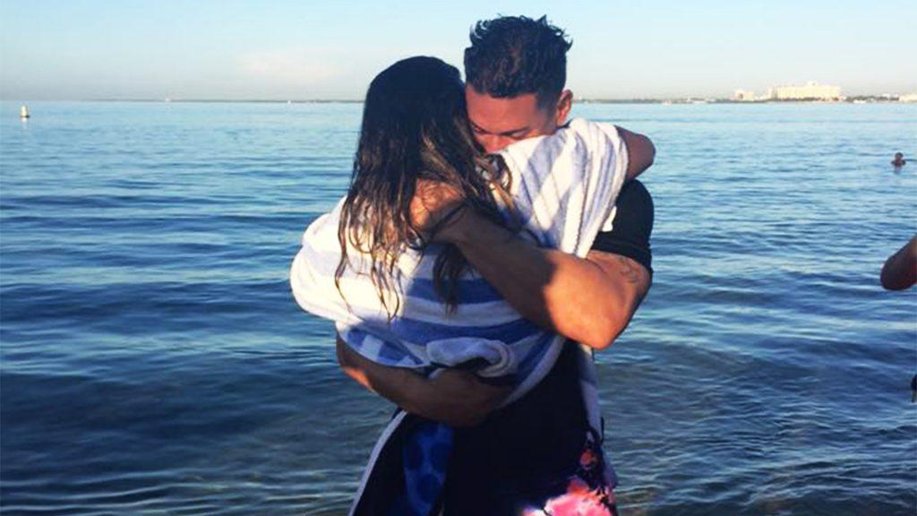 rashel diaz y su novio luego de ser bautizada