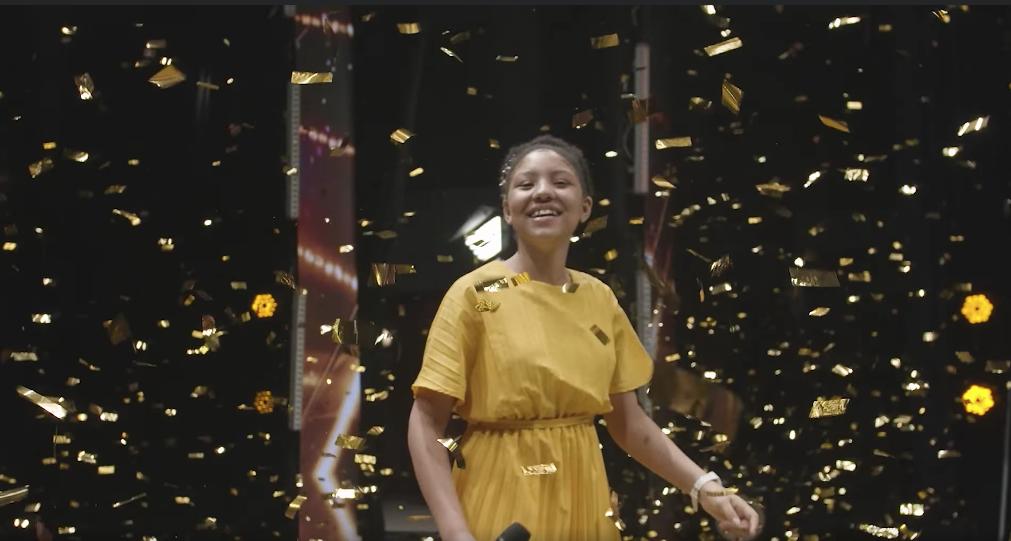 Keren Montero la niña que enamoró el jurado de dominicana got talent con su forma inspiradora de cantar porque puso a Dios en primero lugar
